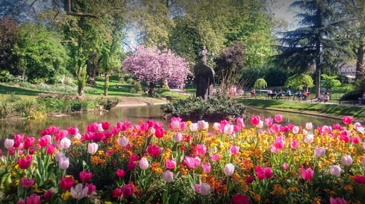 parks and gardens in paris, famous parks in paris, famous gardens in paris, parks in paris, gardens in paris