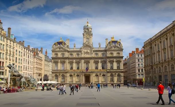 Best Places to Visit in Lyon, places to visit in lyon, tourist attractions in lyon, tourist places in lyon