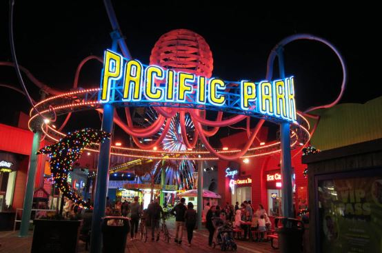 romantic things to do in Los Angeles at night, fun things to do in LA at night
