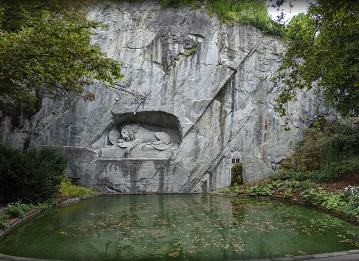 best monument to visit in Switzerland, famous historical site in Switzerland
