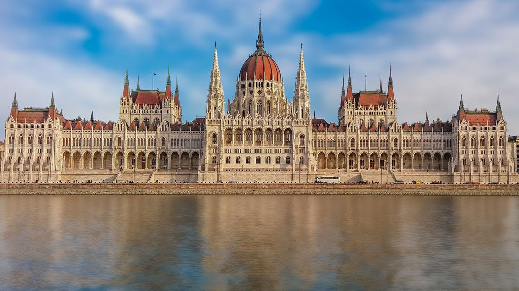 favorite city in Hungary, beautiful cities in Hungary