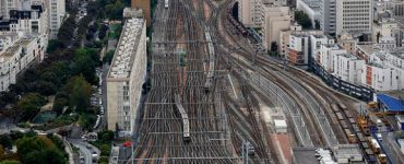 best hotels near Montparnasse train station, hotels close Montparnasse train station Paris