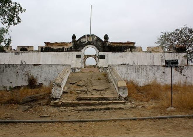 Historical monuments in Angola, Angola monuments