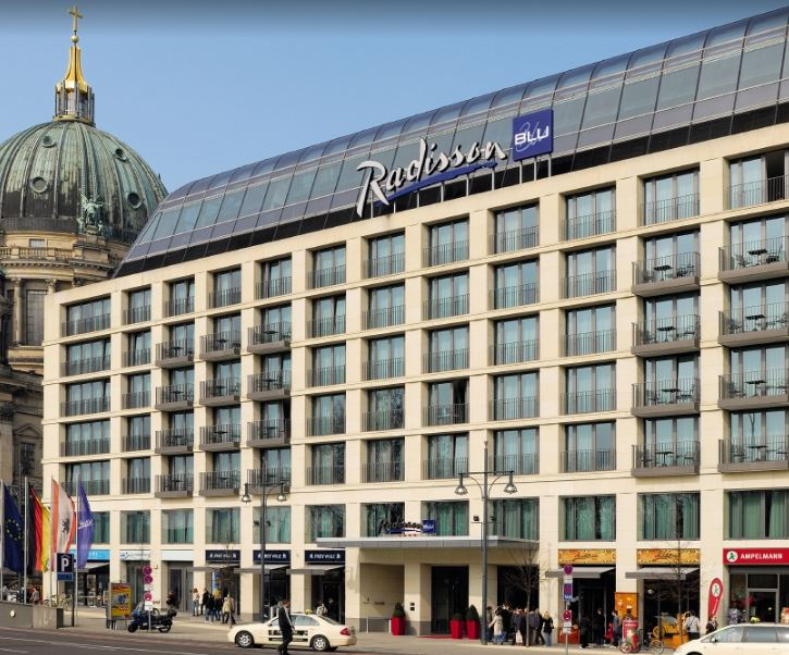 best hotels near TV Tower Berlin, hotels close to Berlin TV Tower