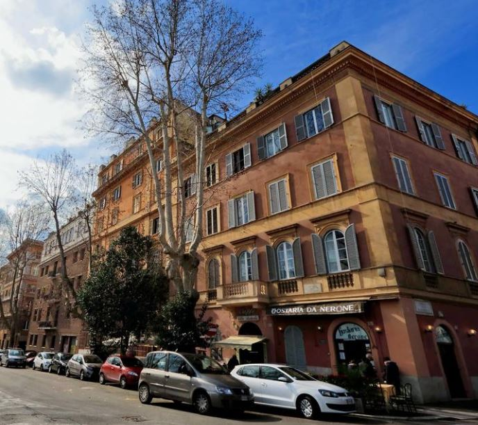 best hotels Near Colosseum Rome , hotels close to Colosseum Rome Italy
