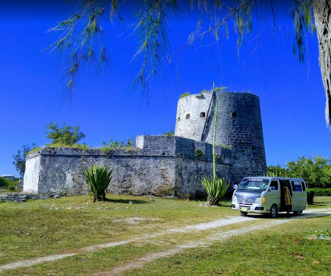 Historical monuments in Antigua and Barbuda, Antigua and Barbuda monuments