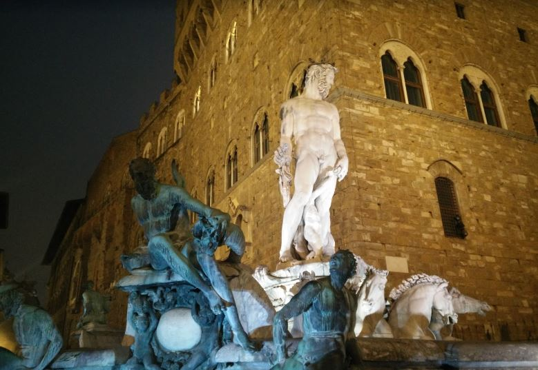 List of Romantic things to do in Florence, Romantic Places for Couple.