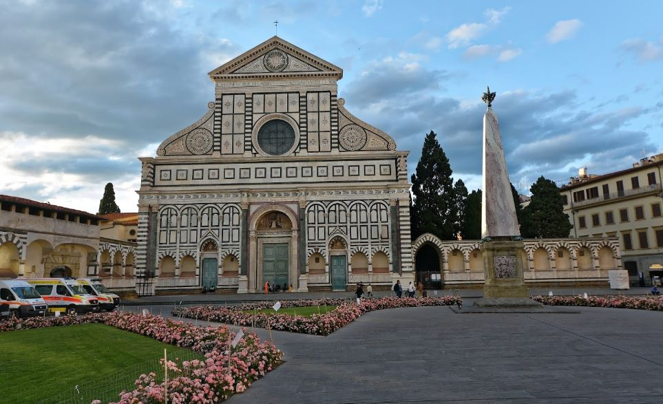 popular things to do in Florence, spots around Santo Spirito in Oltrarno,