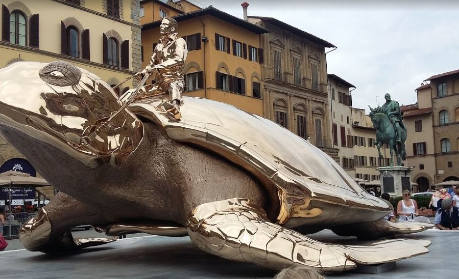 Top 20 Most Visit Places in Night In Florence, busy streets of Florence,