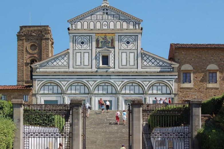 most important monuments in Florence, old castle in Florence,