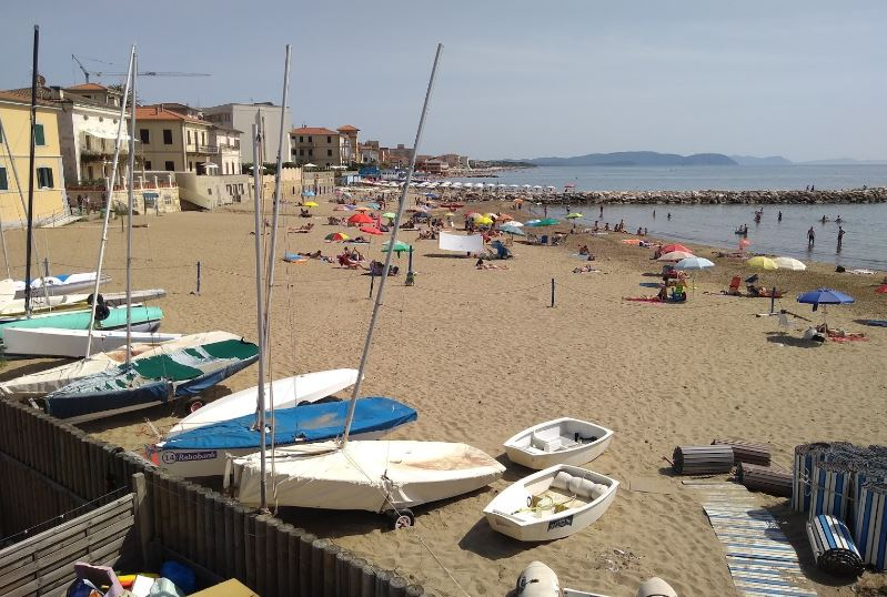 Follonica's beach, beautiful beach city nearest to Florence,