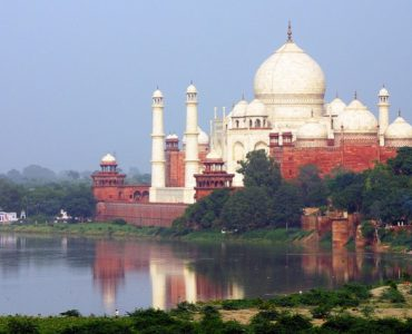 what is Agra famous for, what makes Agra famous, Agra popular to must-visit, what is Agra Famous for