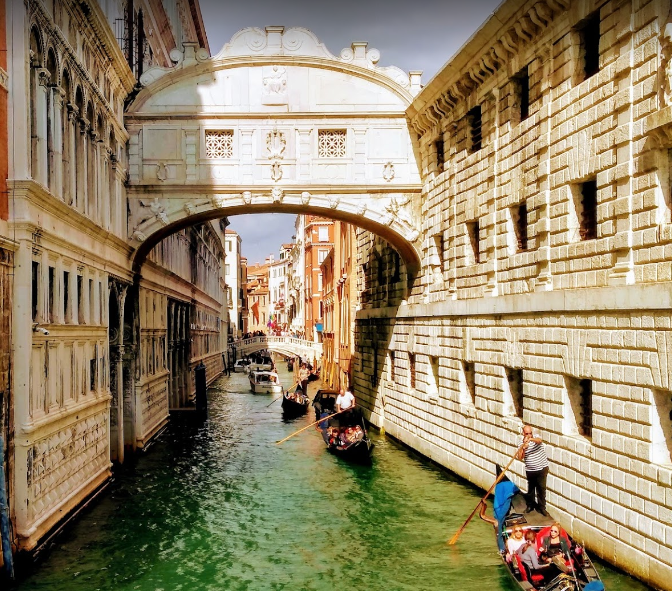 What is Venice famous for, what makes Venice famous, Venice is best known for, reasons for which Venice is famous, For what things Venice is famous for