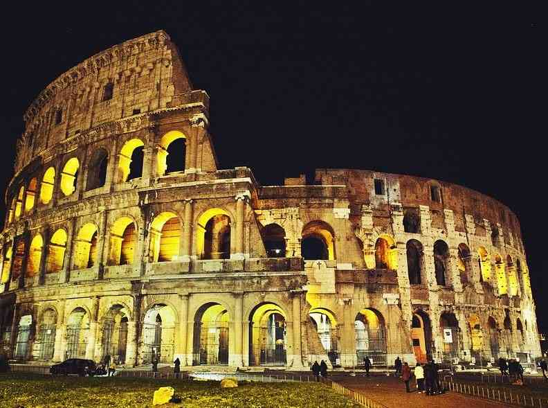 monuments in Rome, monuments of Rome, famous monuments in Rome, ancient monuments in Rome, monuments in ancient Rome, Italian monuments in Rome,