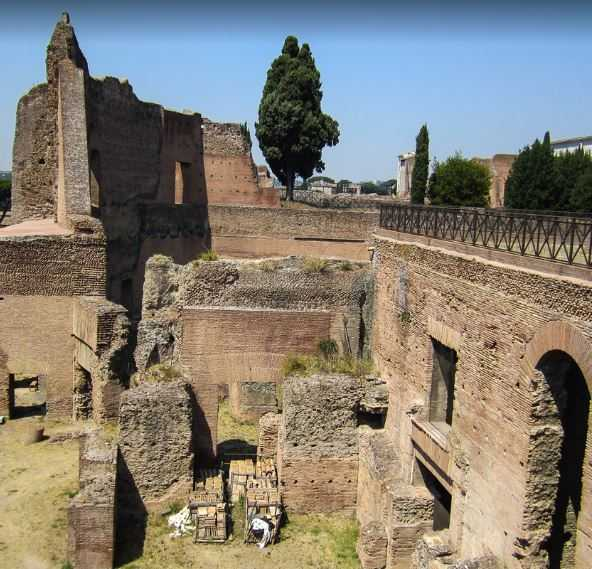 list of ancient monuments in Rome, oldest monuments in Rome, monuments to visit in Rome, top ten monuments in Rome, major monuments in Rome,