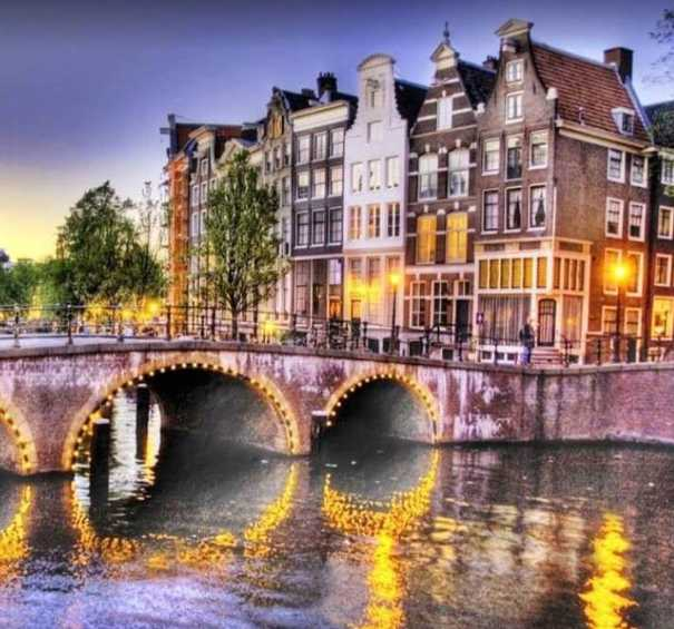 popular things to do in Amsterdam at night, Amsterdam at night, best Nightlife in Amsterdam, Amsterdam nightlife,what to do activities in Amsterdam at night
