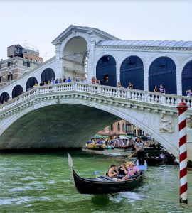 What is Venice is known for food, most beautiful canals in Venice, why Venice is popular? what makes Venice famous, Venice specialties