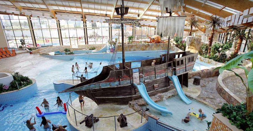 aqua park in Prague, best aqua park in Prague, amazing aqua park in Prague.