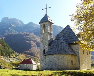 popular monuments in Albania, ancient monuments in Albania, old monuments in Albania,