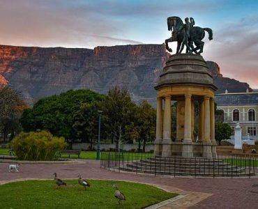 Cape Town historic buildings, historical monuments in Cape Town, monuments in Cape Town
