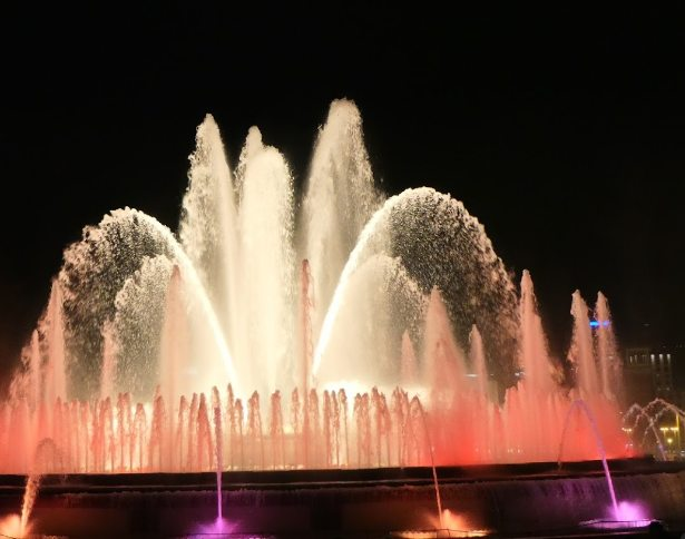 what Barcelona is popular for, Barcelona very popular to must-visit, Barcelona Famous attractions,