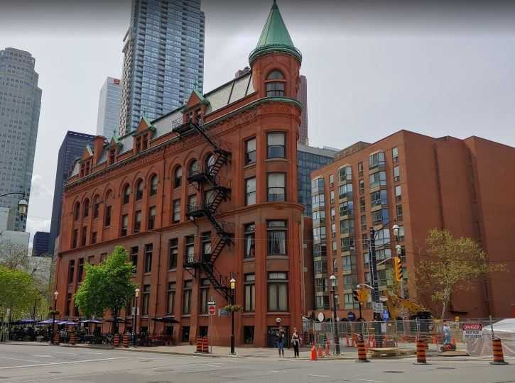 top monuments in Toronto, historical monuments in Toronto, best monuments in Toronto