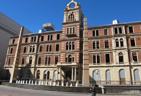 famous monuments in Johannesburg South Africa, monuments to visit in Johannesburg