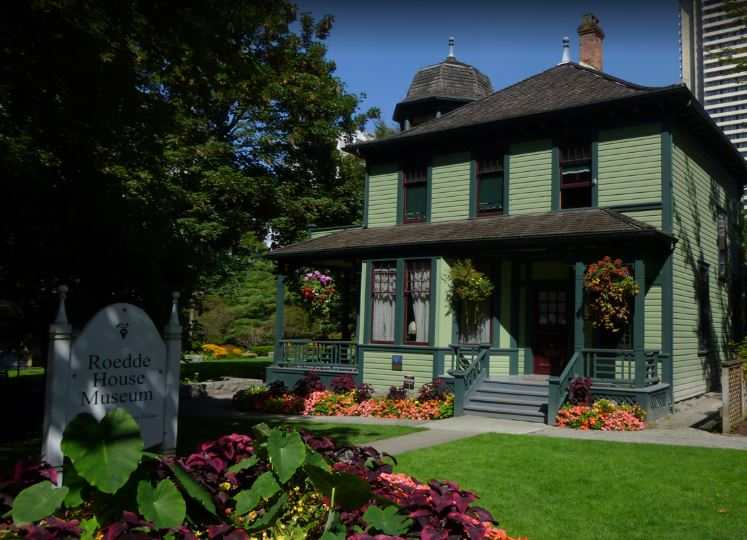 famous monuments in Vancouver Canada, monuments to visit in Vancouver, top monuments in Vancouver