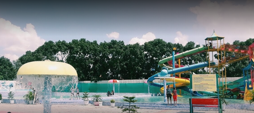 best water theme parks in Kerala, famous water parks in Kerala, biggest water parks in Kerala.