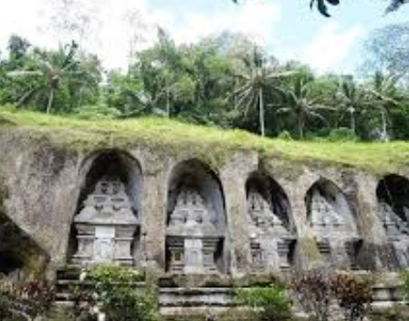 popular monuments in Denpasar, ancient monuments in Denpasar, old monuments in Denpasar, iconic monuments in Denpasar, beautiful monuments in Denpasar, most popular Monuments in Denpasar, most famous monuments in Denpasar, popular historic monuments of Denpasar