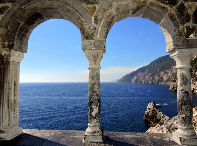 unusual places to visit in Italy