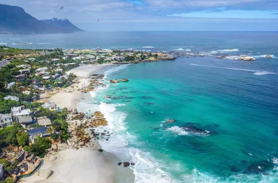 What Capetown is famous for? Capetown is famous for, Capetown's famous landmark, Capetown is known for,