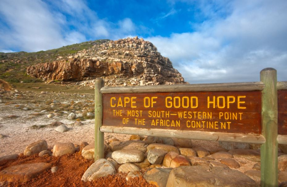 Capetown is famous for, What Capetown is best known for?, Capetown famous attractions, Capetown's famous places to visit, what is Capetown Italy known for?,