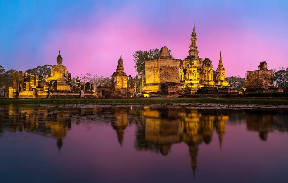 why you must visit Thailand on summer vacations, reasons to visit Bangkok Thailand on summer vacations, why Bangkok is famous for summer holidays, why go to Bangkok Thailand on summer vacations, reasons to go to Bangkok in the summer holidays