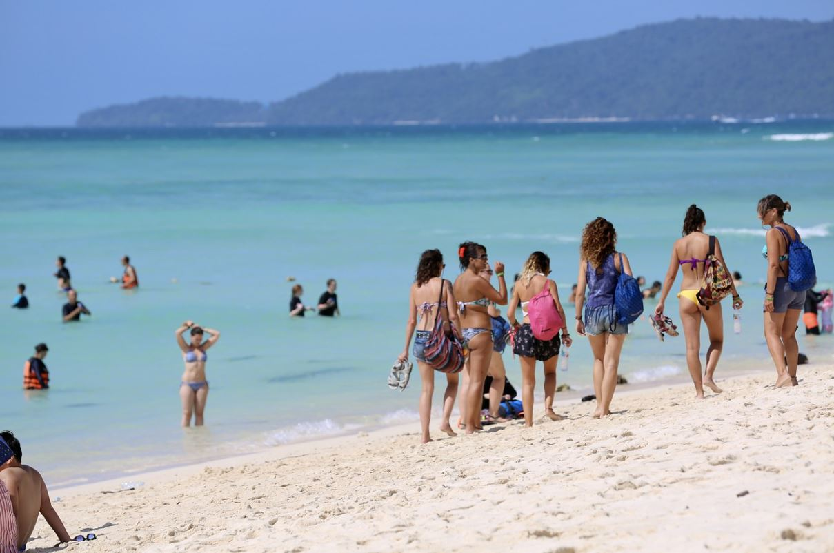 reasons to visit Krabi, why to visit Krabi, why you must visit Krabi on summer vacations, reasons to visit Krabi on summer vacations, why Krabi is famous for summer holidays
