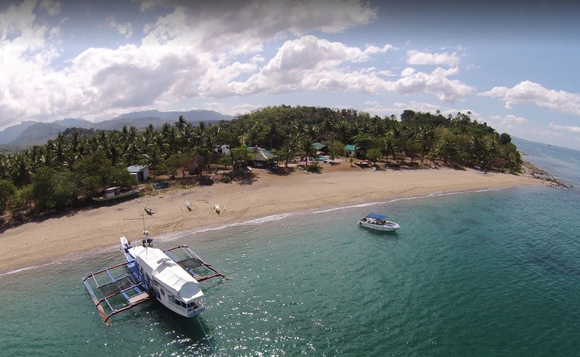 best islands to visit in the Philippines on summer holidays, Philippine summer vacation