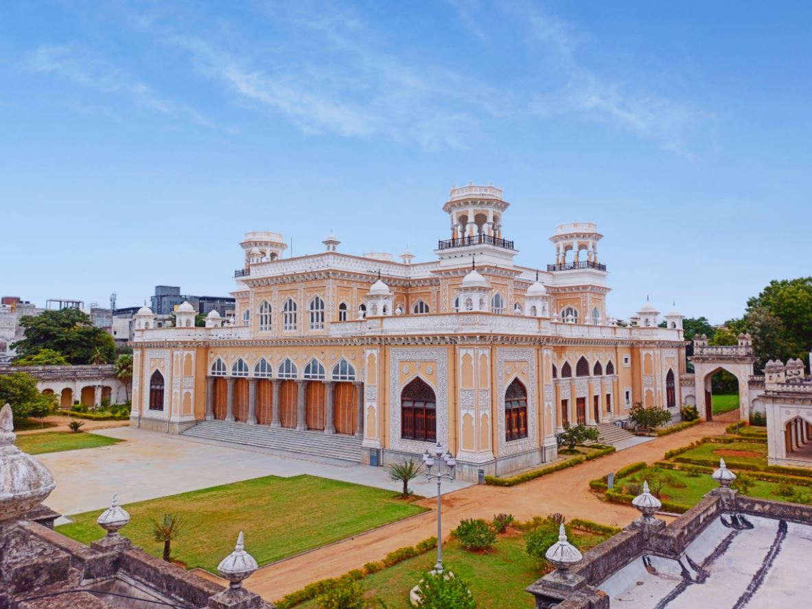 best summer travel destinations to visit in Hyderabad on the summer holidays, most popular tourist destinations in Hyderabad to visit in summer with family, best beaches in Hyderabad for families on summer vacations