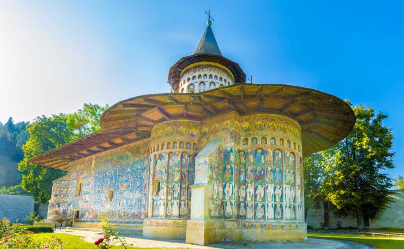 regulated travel restrictions in Romania, top 5 safest places in Romania, latest travel guidelines of Romania 2021, travel restrictions of Romania, COVID-19 restrictions in Romania,