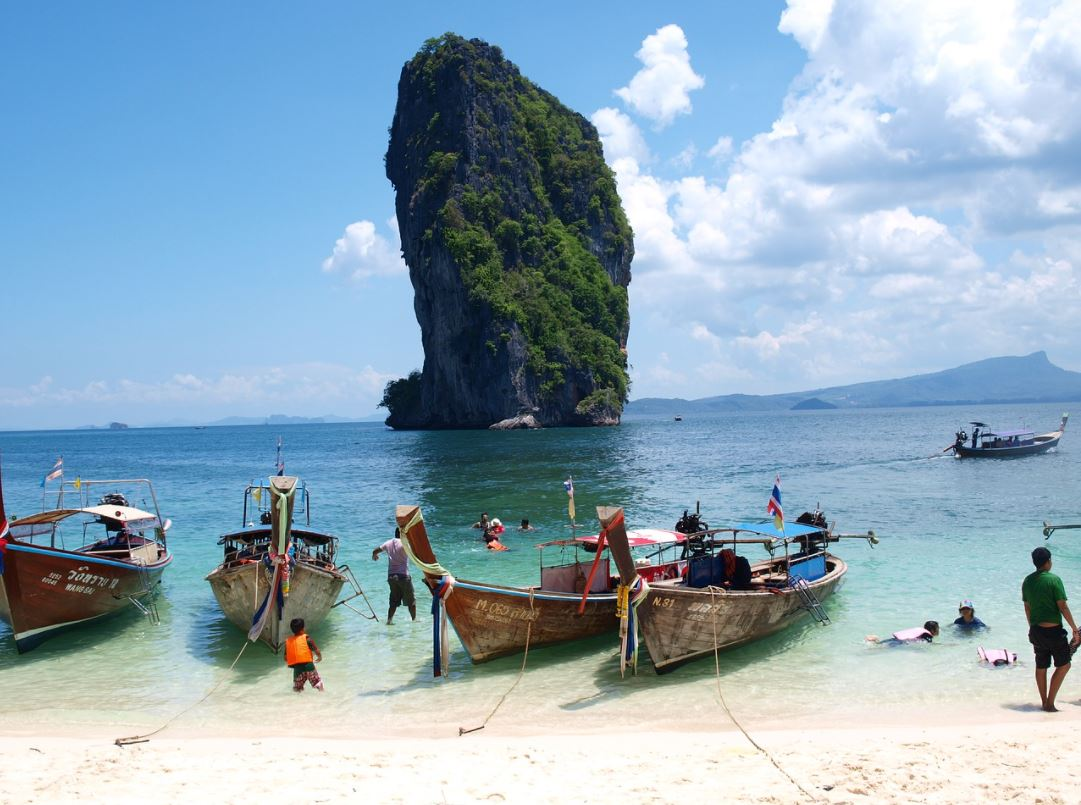 reasons to visit Krabi on summer vacations, why Krabi is famous for summer holidays, why go to Krabi on summer vacations, reasons to go to Krabi in the summer holidays