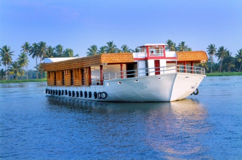 10 must-try things to do in Alleppey, this Monsoon, 10 famous things to do at Alleppey in Monsoon, popular things to do in Alleppey during monsoon, thing to do in Alleppey during Monsoon, best things to do in Alleppey during Monsoon, monsoon activity of Alleppey